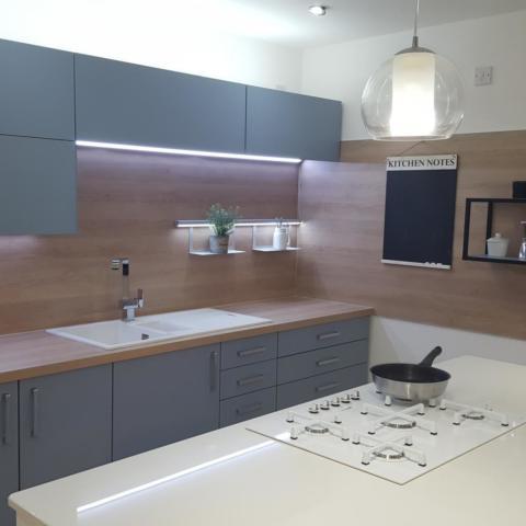 GADDESBY Ex Display Kitchen Used Kitchen Exchange 3
